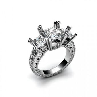 Кольцо с тремя крупными бриллиантами корнерная закрепка Модель К-1002